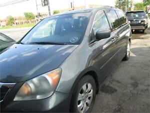 honda odyssey 2006 8places,,full load,clean