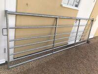7 Rail Metal Galvanised Field Gate With Hinges 13' Wide