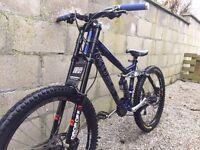 Kona Stinky D/H Mountain Bike