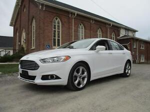 2015 Ford Fusion SE - AWD - ECOBOOST - BACK UP CAMERA