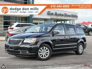 2016 Chrysler Town & Country LIMITED   Power Sunroof   Leather