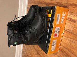 STC Tall Safety boots with METTA top