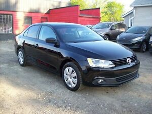 2012 Volkswagen Jetta MANUAL/4dr/ LOW PAYMENTS