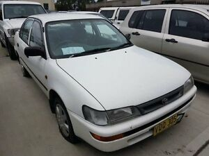 1999 Toyota Corolla AE102R Conquest White 4 Speed Automatic Sedan Georgetown Newcastle Area Preview