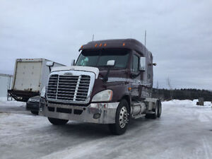2011 FREIGHTLINER CASCADIA/WITH WARRANTY
