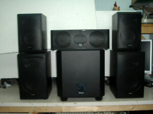 Home theater 5.1 Speakers System Boston Acoustics + ampli Yamaha