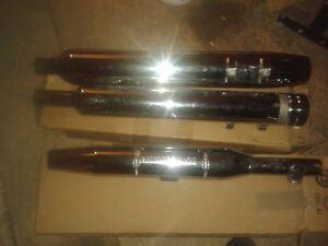 Pipe originale pour FLH 2002 et Fatboy 2003 100.00 $ le set