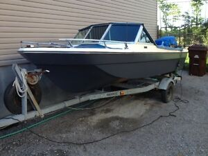 85 HP Johnson , 16 pieds open deck