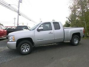 2010 Chevrolet Silverado  Nevada  Edition Ext cab 4x4 New tires