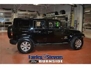 2015 Jeep Wrangler Unlimited Sahara! Leather!