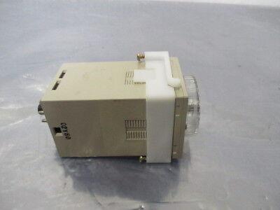 Omron E5C2-R Temperature Controller, E5C2, 200/220VAC, 50/50 Hz, 2 VA, 424392