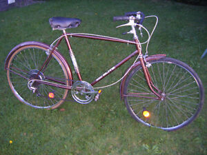 Vintage CCM road bike for sale.