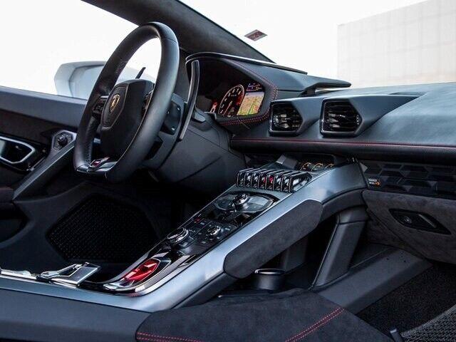 Image 21 Voiture Européenne d'occasion Lamborghini Huracan 2019