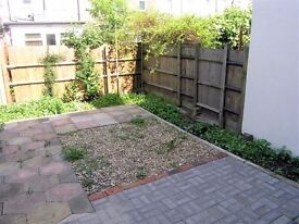 AVAILABLE 1 BED WITH GARDEN PERFECT FLAT FOR A COUPLE OR SINGLE PROFESSIONAL!! SW20