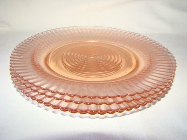 """4 Vintage 1940s MACBETH-EVANS Pink Depression Glass PETALWARE 9"""" Dinner Plates"""