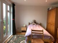 Single room close to Norbury station for rent