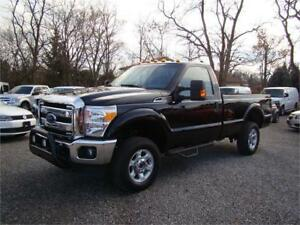 2016 Ford Super Duty F-250 XLT 4X4 Bluetooth Tow package Loaded