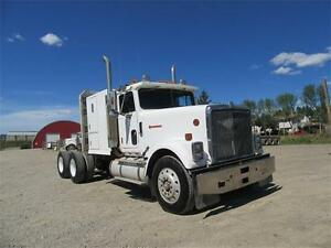 James Western Star - 87 White International w/Sleeper