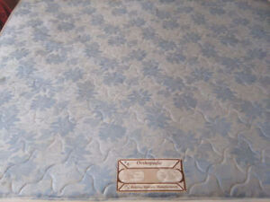 KING SIZE MATTRESS AND 2 BOXSPRINGS-GOOD-PRICE REDUCED
