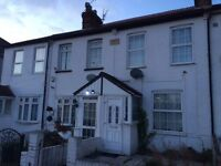 Two Double Bedroom Terraced House Harlington
