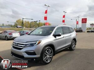 2016 Honda Pilot Touring- Low KM, Navigation, Leather, 7 Passeng