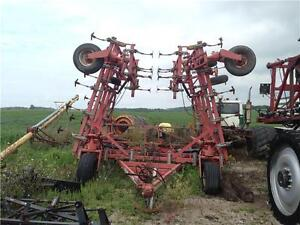 Wil Rich Quad 5 42' cultivator
