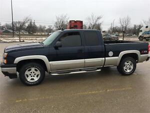 "2006 Chevrolet Silverado  4x4 ""We finance! Pay direct-No banks"""