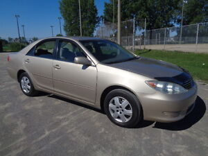 2005 Toyota Camry LE Berline
