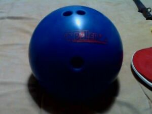 Bowling ball    12 lbs