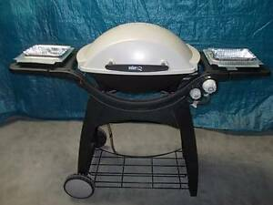 WEBER FAMILY Q-305 *N/G model as new condition Sydenham Marrickville Area Preview