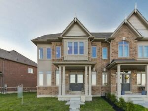 AMAZING 4Bedroom Semi-Detached House in VAUGHAN $918,800 ONLY