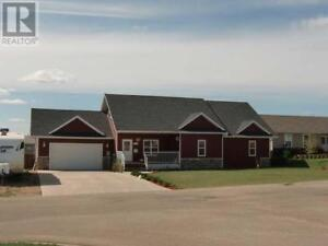 """MLS 165176 Quality built home, with LOTS of room to """"roam""""!"""