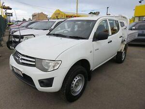 2011 Mitsubishi Triton MN MY11 GLX White 5 Speed Manual Dual Cab Reynella Morphett Vale Area Preview