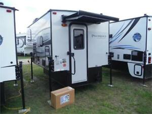 2018 Palomino Backpack HS800 Ultra Lite Truck Camper w toilet