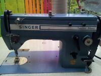 SINGER 20U43 Industrial Sewing Machine