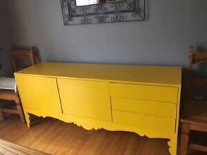 Commode ou buffet jaune/Yellow sideboard or dresser (IKEA)