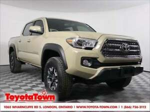 2017 Toyota Tacoma 4x4 DOUBLE CAB TRD OFFROAD SHORT BOX