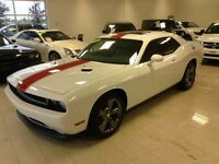 2014 Dodge Challenger SXT BLANC MUSCLE CAR  GPS CUIR RED LINE