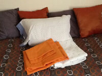 TWIN BED SOLID WOOD + ALL BEDDING + MATTRESS and many more