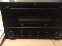 vw polo 2007 model radio /cd player with booklet no code