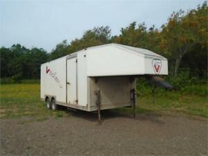 1998 24FT FIFTH WHEEL ENCLOSED TRAILER!!!