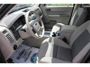 2008 Ford Escape *XLT* / V6 . 4WD . SUNROOF . POWER SEATS Kitchener / Waterloo Kitchener Area image 11