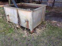 Large Heavy Duty Galvanised Water Tank