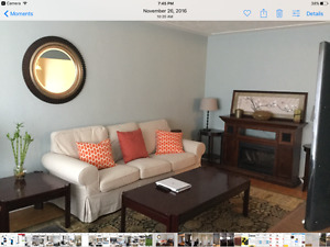 summer student 3 bedroom nice home, AC, 5 minutes to WLU incl
