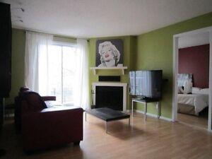 Condo très bien situe - 24,600 $ sous l'évaluation - Dois vendre Gatineau Ottawa / Gatineau Area image 2