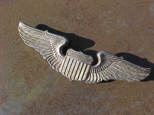 """ORIGINAL WWII USAAF 3"""" STERLING FINE FEATHERED PILOT WINGS BADGE PIN"""