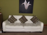 White leather suite excellent condition