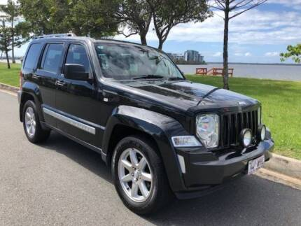 2010 Jeep Cherokee Turbo Diesel Paradise Point Gold Coast North Preview