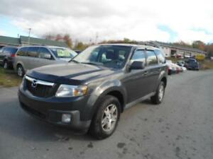 LOW MILEAGE! 2009 Mazda Tribute GX 4WD!!! NEW MVI AND NEW OIL