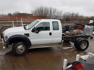 2008 Ford Super Duty F-450 DRW XLT Cab & Chassis 6.4 Diesel